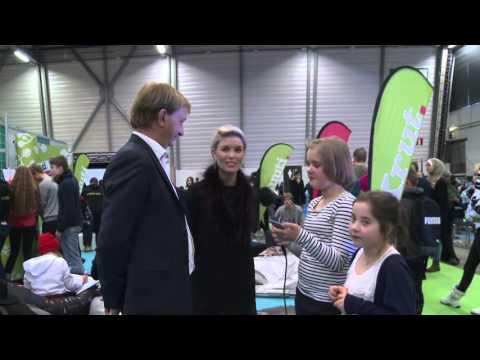Mikä on parasta eduskuntatalossa, Susanna Koski ja Hjallis Harkimo? tekijä: Pääkaupunkiseudun Nuorten Ääni -toimitus