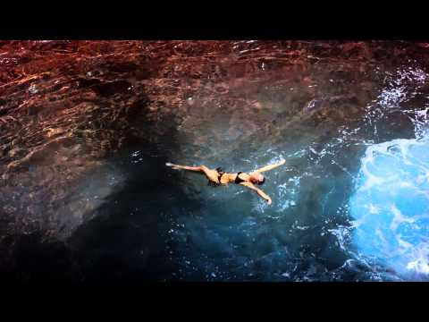 Victoria's Secret Commercial for Victoria's Secret Swimwear (2015) (Television Commercial)