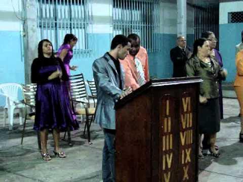 I.E.Pentecostal Tocha Acesa cantor Marlon Andrade Direcao Evangelista Rodrigo