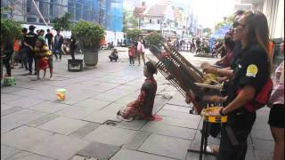 Video Jakarta Street Performance In OLD JAKARTA TOWN - KOTA TUA JAKARTA MP3, 3GP, MP4, WEBM, AVI, FLV Mei 2019