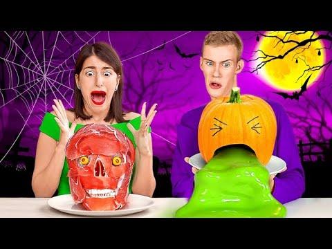 24 SAAT GERÇEK YEMEĞE KARŞI CADILAR BAYRAMI YEMEĞİ! 123 GO! CHALLENGE Cadılar Bayramı Yemek Şakaları