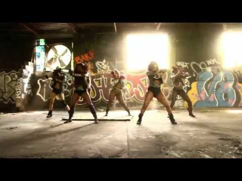 Video BEYONCE - WHO RUN THE WORLD (GIRLS) OFFICIAL MUSIC VIDEO .flv download in MP3, 3GP, MP4, WEBM, AVI, FLV January 2017