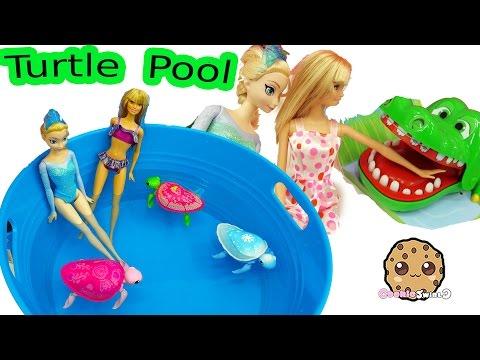 Disney Frozen Queen Elsa & Barbie Doll Swim In Water Pool with Little Live Pets Sea Turtles