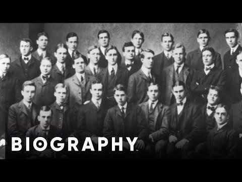 Franklin D. Roosevelt - U.S. President | Mini Bio | BIO