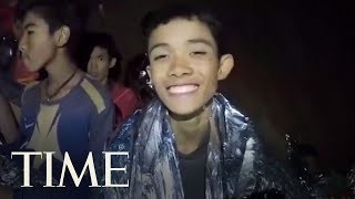 Video A Second Video From The Cave Shows Thai Navy Seal Treating Boys' Cuts | TIME MP3, 3GP, MP4, WEBM, AVI, FLV September 2018