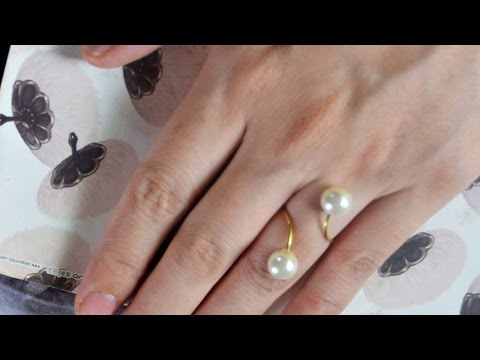 How To Make A Chic Open-Ended Pearl Ring - DIY Style Tutorial - Guidecentral
