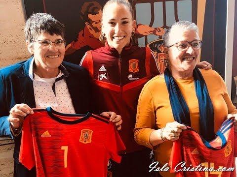 Video Gala de la Federación Española como Homenaje a las Pioneras del Fútbol  Femenino español