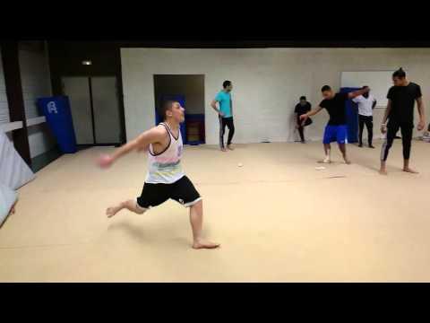 Kick the moon (видео)