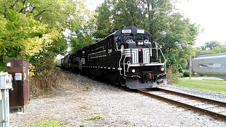 Canandaigua (NY) United States  City pictures : Finger Lakes Railway Train Blows Thru W. Gibson Street At Canandaigua, NY