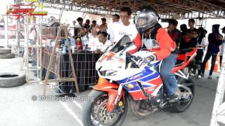 Video EDAN..!! [ CBR600cc VS R6 600cc ] Motorsport Indonesia DRAG 201M MP3, 3GP, MP4, WEBM, AVI, FLV April 2017