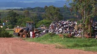 Prefeitura de Marília assina contrato emergencial para que empresa faça coleta de lixo