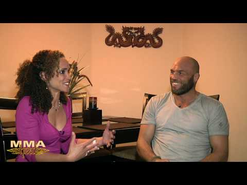 Randy Couture On Ringwalks Ryan and Breaking Diets