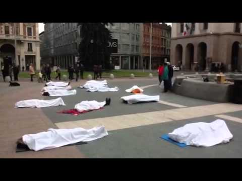 FlashMob a Varese contro i tagli alla scuola pubblica