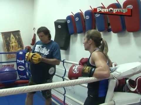 Самарская боксерша Наталья Смирнова нокаутом победила словачку Габриэллу Вице