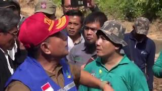 Video Gubernur Sumatera Utara Tiba Di Desa Muara Saladi. MP3, 3GP, MP4, WEBM, AVI, FLV Oktober 2018