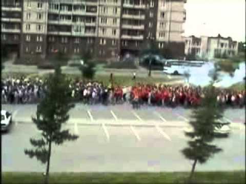 多達300多人的圍毆場面,這打群架實在是太誇張了!