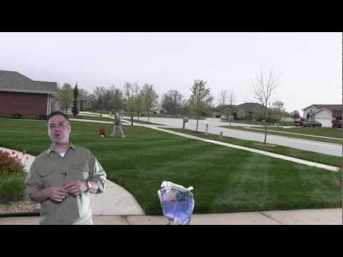 LawnCareMidwest - It's important to know the amount of fertilizer you are applying - in this video, I show you how to calculate exactly the right amount so when you do apply f...