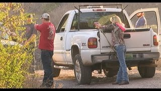 CAUGHT ON VIDEO: Alabama Burglary Victims Catch SUSPECTS, Hold Them at GUNPOINT For Authorities!!
