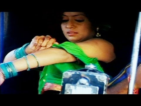Sanjana Dress Up In Auto Rickshaw   Comedy Scene