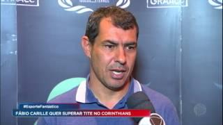 De desacreditado a idolatrado. Há sete meses Fábio Carille assumiu o Corinthians cercado de desconfiança, mas já conquistou...