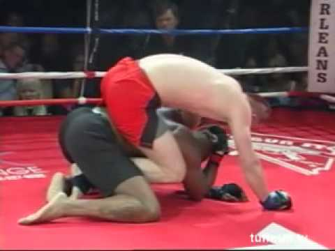 Edmond Xhelili vs Tim Bowman at TuffNUff March 26 2010