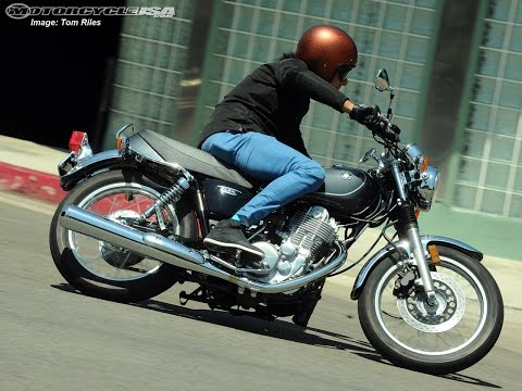 2015 Yamaha SR400 First Ride - MotoUSA