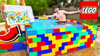 Video PUTTING 500 BATH BOMBS IN A LEGO POOL! MP3, 3GP, MP4, WEBM, AVI, FLV September 2019