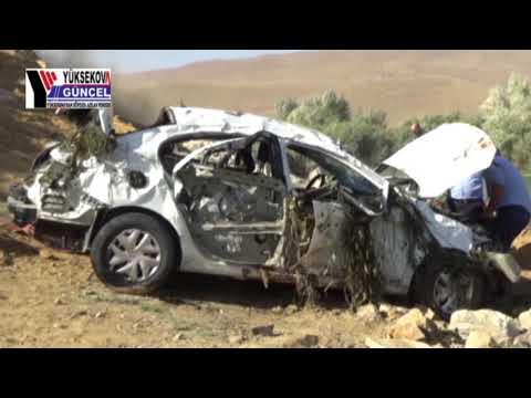 Yüksekova'da Virajı alamayan otomobil takla attı: 3 ölü, 2 yaralı