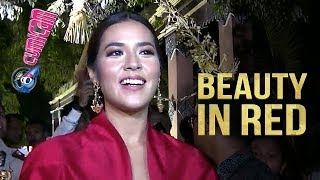 Video Kenakan Gaun Merah, Raisa Cantik Maksimal di Resepsi Kahiyang-Bobby - Cumicam 09 November 2017 MP3, 3GP, MP4, WEBM, AVI, FLV November 2017