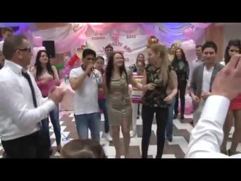 Video Florin Peste si Laura - Te iubesc oriunde ai fi - Live 2014 download in MP3, 3GP, MP4, WEBM, AVI, FLV January 2017