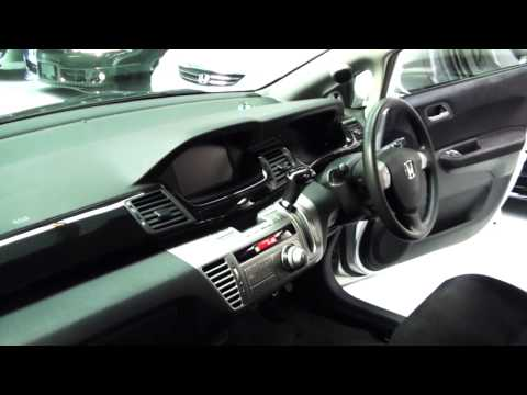 Honda Edix 2006 6 Seater 2 0L
