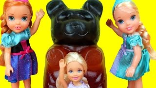 GIANT Gummy bear ! Elsa & Anna toddlers - Candy store - Barbie is sad, but gets a Gift full download video download mp3 download music download