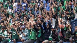 Video Aksi Tessy Dirigen Bonek Tribun Selatan Di Bandung MP3, 3GP, MP4, WEBM, AVI, FLV Juli 2018