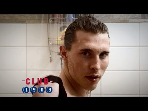 shower - Gally enjoys being clean, but he can manage without superfan Jay, thank you very much.