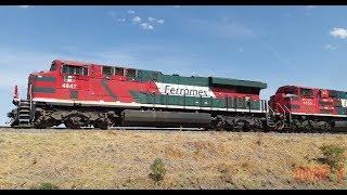 Que hay raza aquí les dejo un vídeo del metalero de Ferromex cargado rumbo norte en esta ocasión la locomotora líder fue la 4847 una ES45AH y en múltiple la 4055 una SD70ACe y remota a la mitad del tren venía la 4817 otra ES45AH, ya en la parte final del tren venían acopladas las Ayudas de Lagos de Moreno, que en esta ocasión fue una Mancuerna de Super 7MP la 3818 y 3820 bien bofeadas empujando todo el tren, este tren lo logre captar en el Kilómetro # 450 de la Línea A del Distrito de León en el Municipio de Pedrito, Jalisco. México NOAS_5