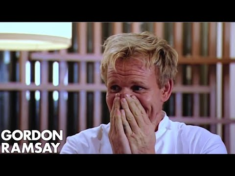 Gordon Ramsay Enters A Cooking Challenge | Gordon's Great Escape - Thời lượng: 9:11.
