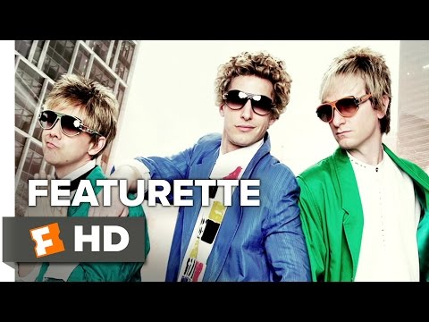 Popstar: Never Stop Never Stopping (Featurette 'Lawrence')