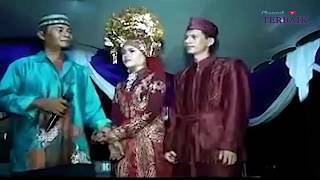 Download Video TRAGEDI MANTAN DATANG DI PERNIKAHAN MP3 3GP MP4