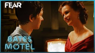 Download Video Norman Knows What To Do | Bates Motel MP3 3GP MP4