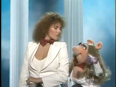 The Muppet Show - Raquel Welch