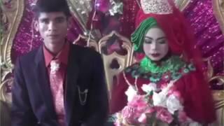 Video VIRAL !!! Bercucuran Air Mata Ketika Pria Ini Nyanyi Di Pernikahan Sang Mantan FULL MP3, 3GP, MP4, WEBM, AVI, FLV Agustus 2018