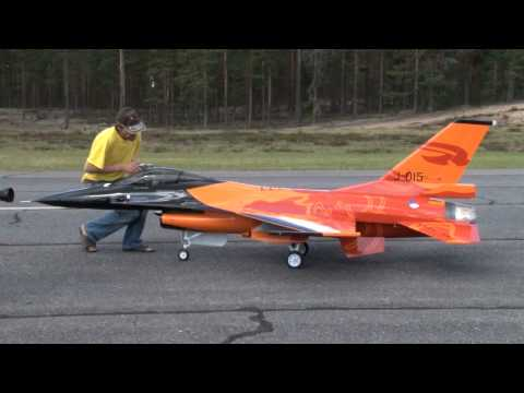 RC turbine jet F-16 scale 1:4