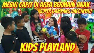 Video SUPER GAMPANG!! CAPIT BONEKA DI KIDS PLAY LAND - PGC CILILITAN!!PADA ANTRI SAKING BANYAK DAPETNYA.. MP3, 3GP, MP4, WEBM, AVI, FLV April 2019