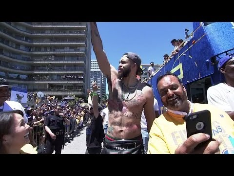 Warriors fans revel in unforgettable moments with players at Oakland parade