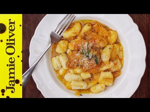 comfort - Gennaro's back with love and passions Food Tubers! Showing you how to make gnocchi in a beautifully thick squash sauce infused with chilli and rosemary - the perfect teatime recipe. This...