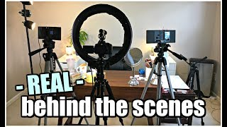 Get a glimpse behind the scenes in my filming/studio room, see the equipment I use (links below!) and just how it all operates together! :) ► SUBSCRIBE FOR MORE BEAUTY VIDEOS: http://bit.ly/subtojess► MY HUSBAND TYLER'S CHANNEL/OUR VLOGS: http://bit.ly/1lDqfvi► SNAP  IG  TWITTER  FB: @jambeauty89❋ EBATES//MAKE MONEY SHOPPING ONLINE: http://bit.ly/1g7rj6W❋ HAUTELOOK//GET 50% OFF HIGH END MAKEUP: http://bit.ly/1fWXfuv▼ PRODUCTS MENTIONED ▼  Rectangular Lights - dimmable - http://go.magik.ly/ml/64cl/Amazon Basics Tripods - http://go.magik.ly/ml/64cm/Microphone - http://go.magik.ly/ml/64co/ Canon T5i Camera with Lens - http://go.magik.ly/ml/64cy/Another lens (much pricier) that I use as well (My husband loves this lens): http://go.magik.ly/ml/64d1/Stellar Phone Light Holder (This is similar) - http://bit.ly/2vAZznlHautelook (where I got the lamp and desk) - http://bit.ly/1fWXfuvIKEA Alex white drawers - short one - http://go.magik.ly/ml/4qb3/IKEA Alex white drawers - tall one - http://go.magik.ly/ml/4qb2/Ring Light (VERY similar to mine) - http://go.magik.ly/ml/64d4/▼ CONTACT ▼EMAIL for Business Inquiries: jambeauty89@gmail.comMAIL: PO Box #50204 Indianapolis, IN 46250DISCLAIMER:  This video is not sponsored.  All opinions are my own, honest opinions, regardless of sponsorship, referral links, and/or affiliation. Product links with Go.Magik.ly and links denoted with a ❋ denotes a referral and/or affiliate link. MUSIC: All Sound Effects Provided by: Youtube Audio Library. End Credits: Italian Afternoon by Twin Musicom is licensed under a Creative Commons Attribution license (https://creativecommons.org/licenses/...) Artist: http://www.twinmusicom.org/