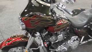 7. New Color 2013 Harley-Davidson FLHX Street Glide review
