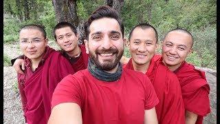 My first Travel Vlog. starts from banaras then Patna then Silligury and finally beautiful Bhutan. Hi i'am Siddhant Karnick, Actor...