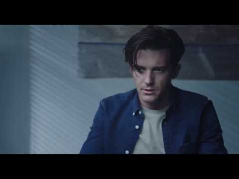 Drake Bell Stars in 'Cover Versions' Movie | Exclusive Clip