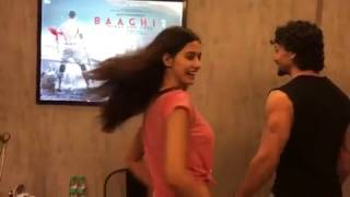 Disha Patani and Tiger Shroff Sharing first look of  ( Bhaagi 2 ) || Watch up Teaser